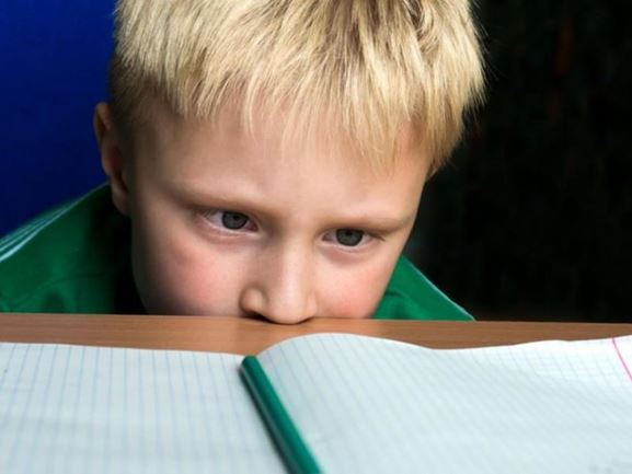 Υπερκινητικό παιδί: Διάβασμα, δυσκολίες και συμβουλές