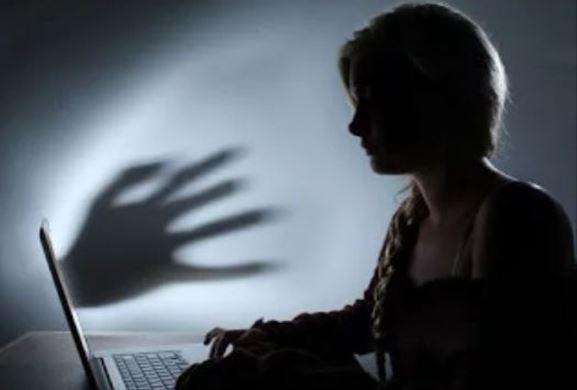 Διαδικτυακός εκφοβισμός: Πώς τον αντιμετωπίζουμε…